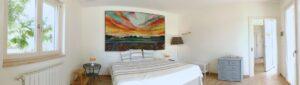 Bedroom overview. Vista 180 gradi della camera da letto. 180 Grad Sicht des Schlafzimmers.