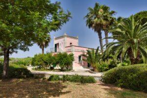 Southeast-view. Villa Sirgole Rosa vista da sudest. Suedost-Ansicht